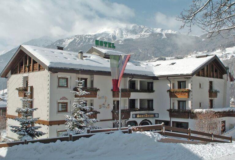 Sant' Anton - Areál hotela