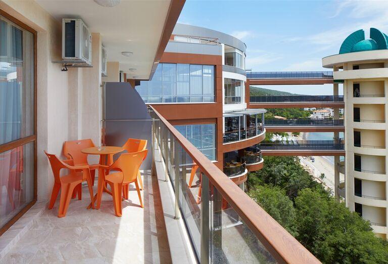 Výhľad z balkóna v hoteli Paradise Beach