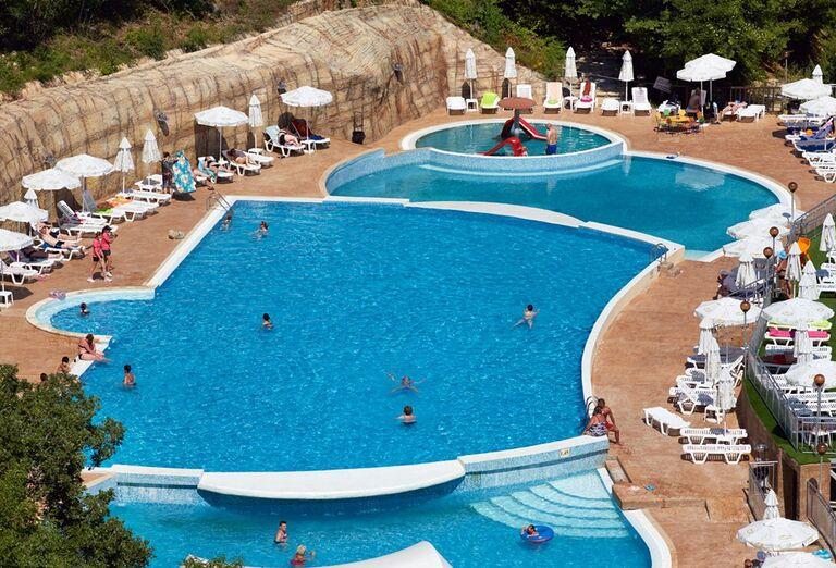 Bazény v hoteli Paradise Beach