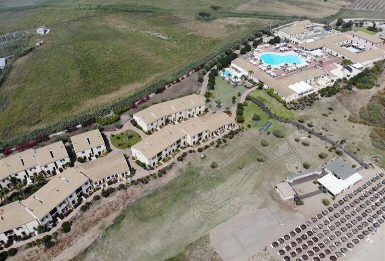 Areál hotela Sikania Resort and Spa