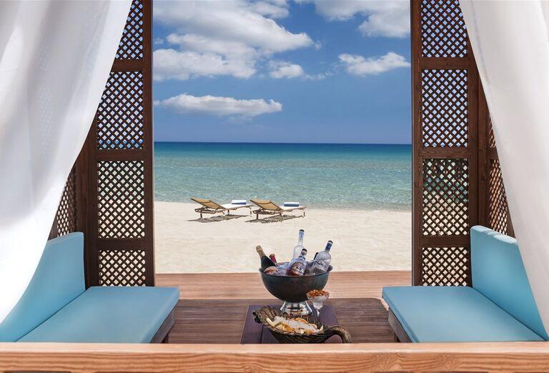 Luxusný oddych na pláži s výhľadom na more v hoteli Kaya Artemis