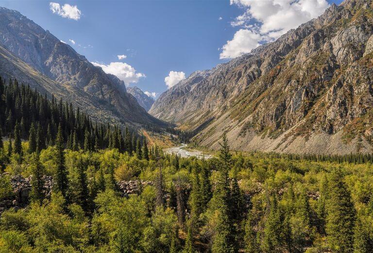 Kirgizsko - krajina plná farieb