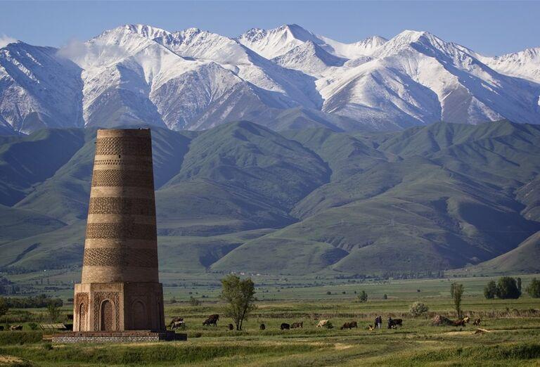 Kirgizsko - krajina plná farieb- veža