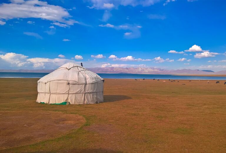 Kirgizsko - krajina plná farieb- stan