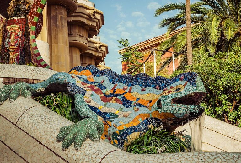 Barcelona s pobytom pri mori - socha chameleóna
