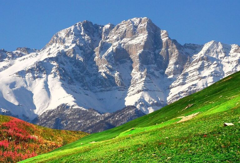 Za krásami Arménska- skaly