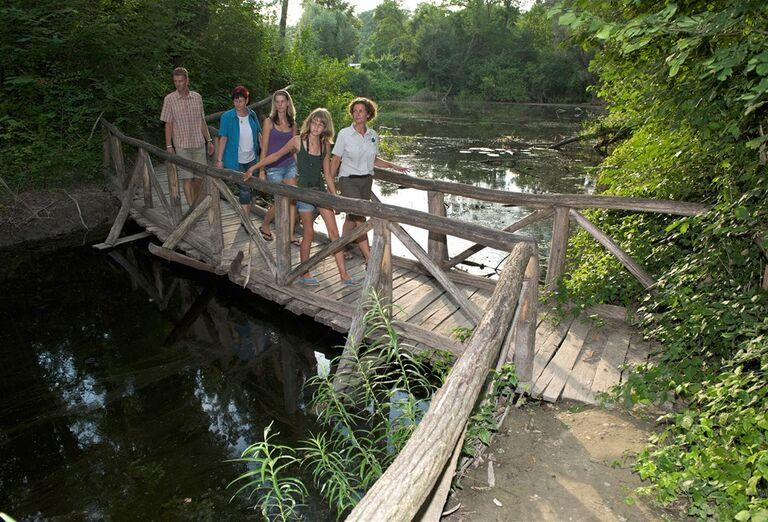 Tajomstvá lužných lesov - sprievod na moste