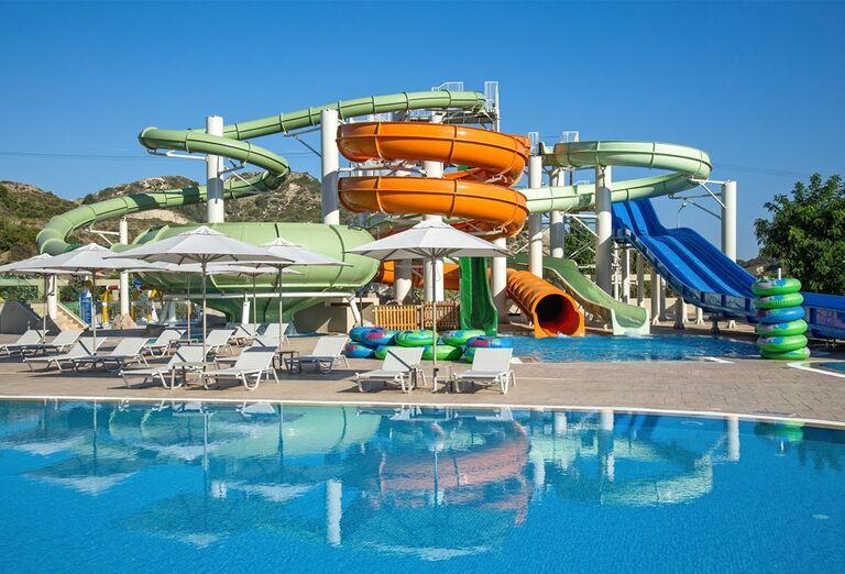 Vodný svet v hoteli Amada Colossos resort
