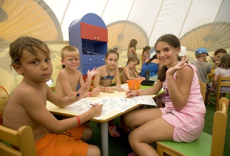 Deti v detskom klube
