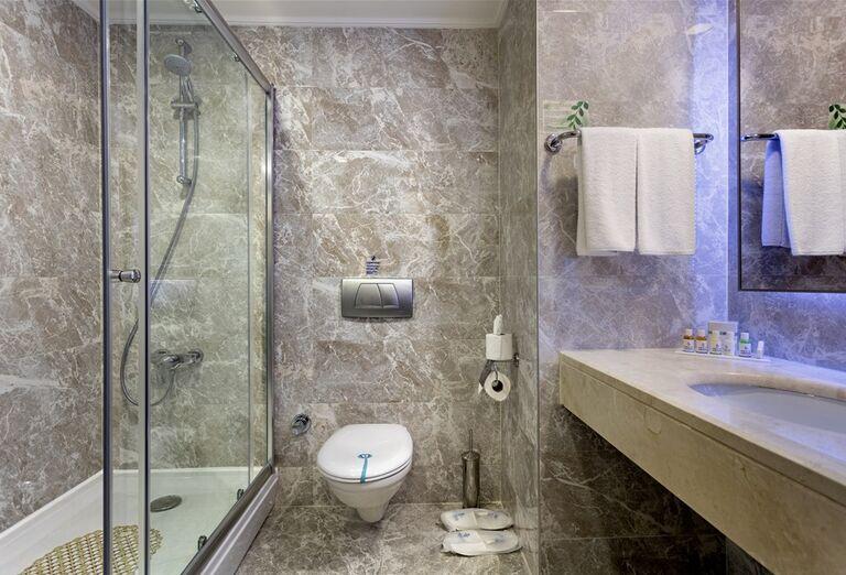 Kúpeľňa v hoteli Miracle Resort