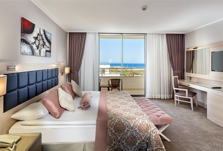 Izba s výhľadom na more v hoteli Miracle Resort