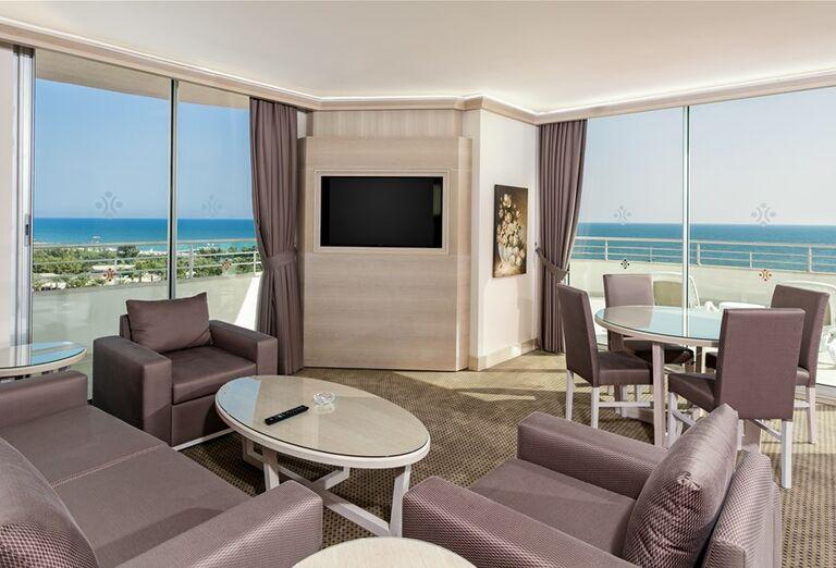 Ubytovanie s výhľadom na more v hoteli Miracle Resort