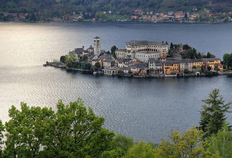 Najkrajšie jazerá Talianska a Švajčiarska a ostrov