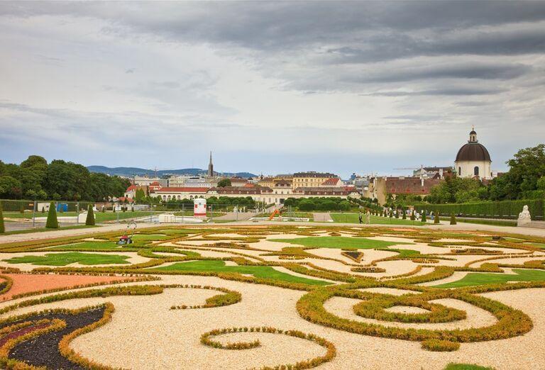 Zámok Belveder - záhrada
