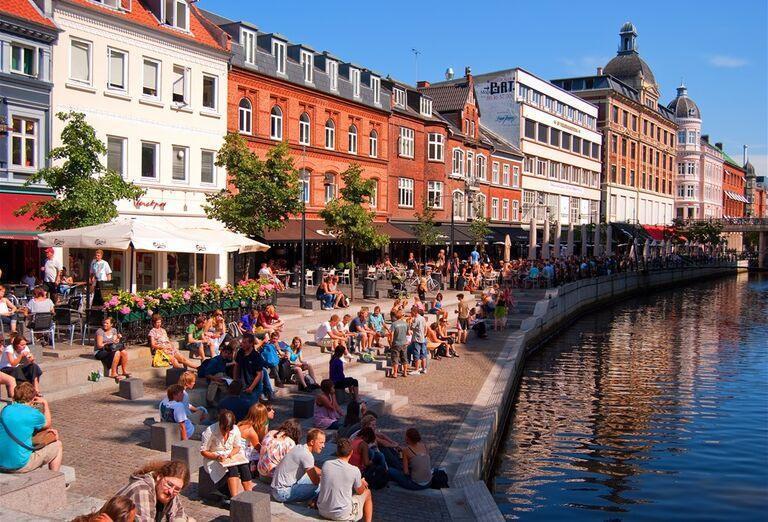 Veľký okruh Dánskom - Pohľad na mesto