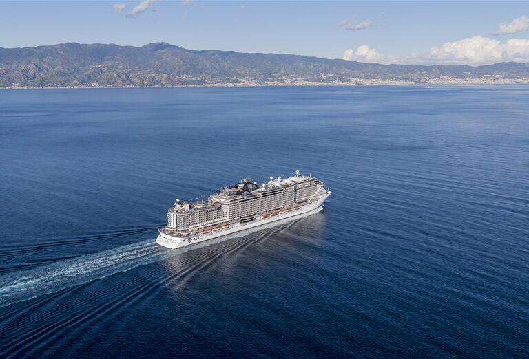 Výletná Loď MSC Seaview - loď na mori