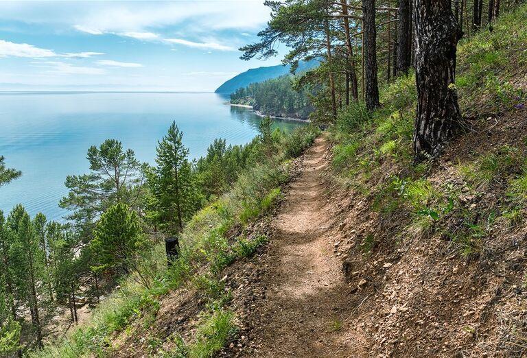 Irkutsk a Bajkalské jazero - cesta lesom