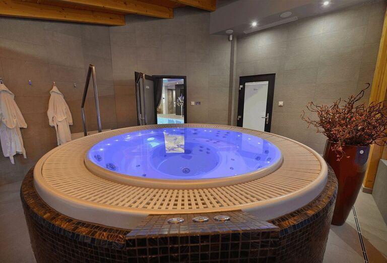 Vírivka v hoteli Pod Lipou Resort