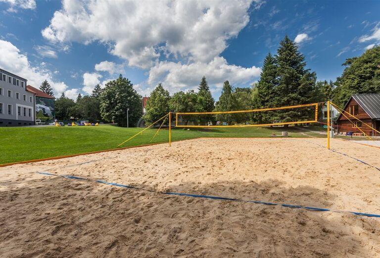 Volejbalové ihrisko v hoteli Pod Lipou Resort