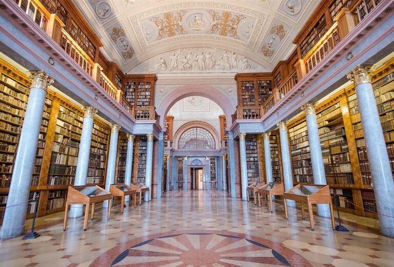 Herend a Pannonhalma - architektúra