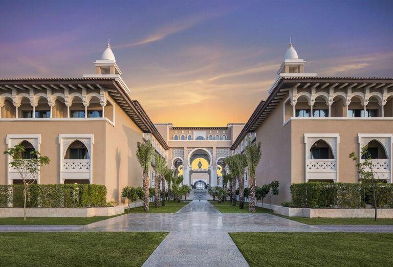 Vstup do hotela Rixos Saadiyat Island Abu Dhabi