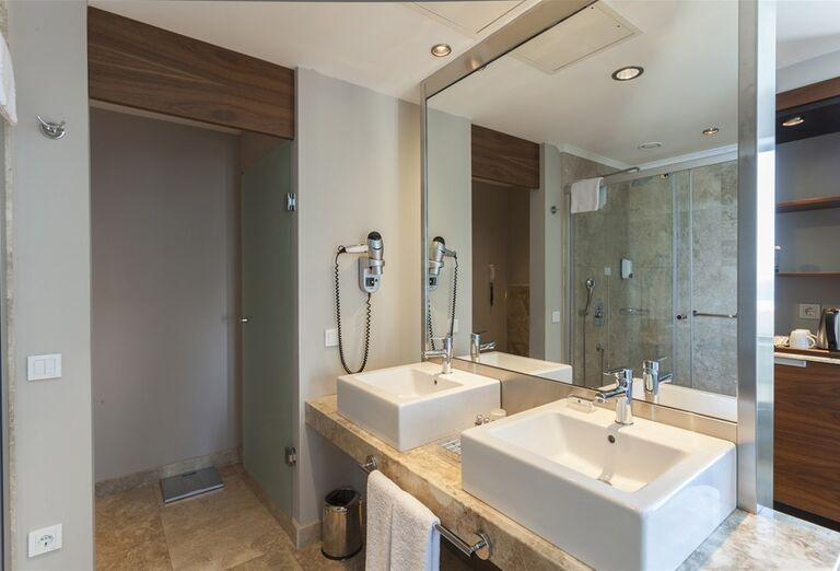 Ubytovanie Hotel Commodore Elite Suite & Spa *****