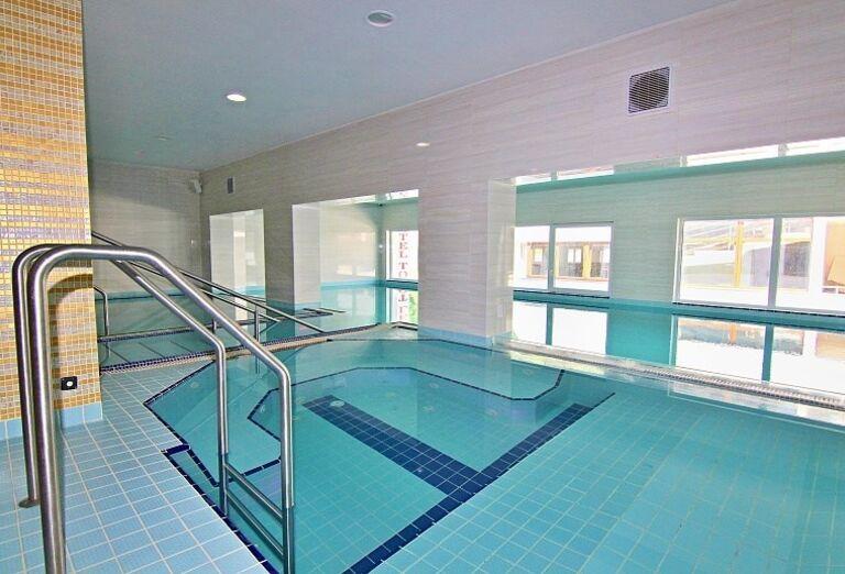 Vnútorný bazén hotela Toliar
