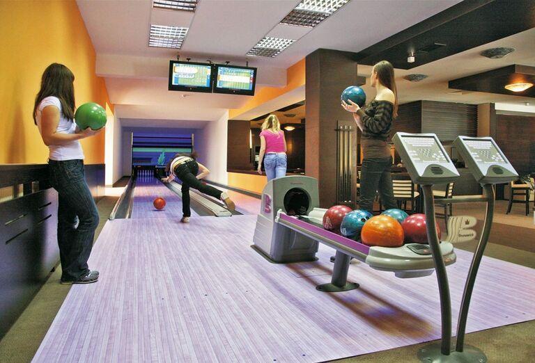 Bowling, hotel Patria, Štrbské Pleso