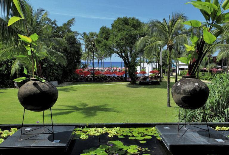 Ramada Khao Lak Resort - záhrada