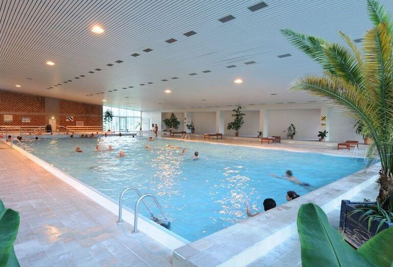 Bazén, hotel SOREA Máj, Lipt. Ján