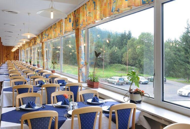 Reštaurácia, hotel SOREA Máj, Lipt. Ján