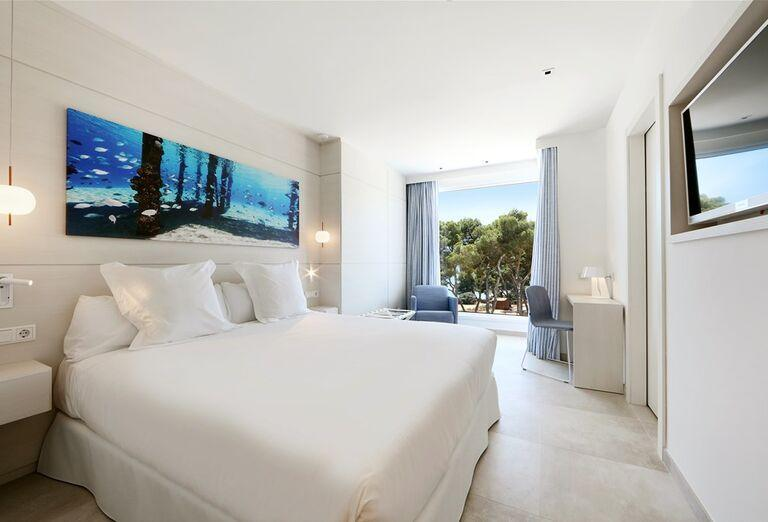 Izba v hoteliIberostar Santa Eulalia Del Rio