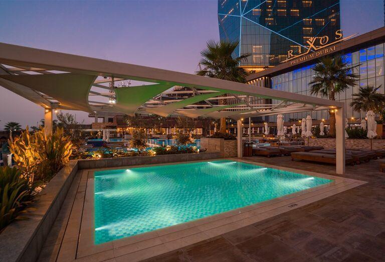 Menší bazén v hoteli Rixos Premium Dubai