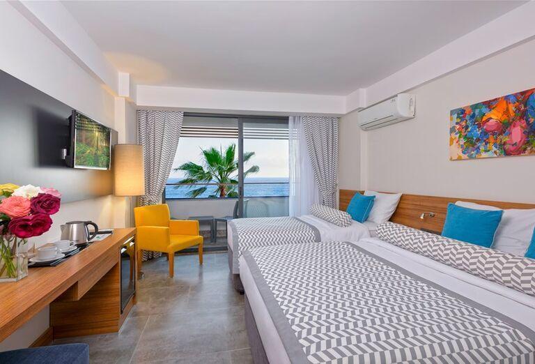 Izba s výhľadom na more v hoteli Floria Beach