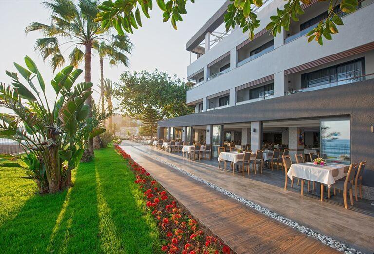 Reštaurácia v hoteli Floria Beach