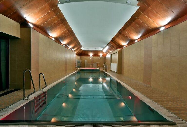 hotel grand viglas - wellness - bazen2