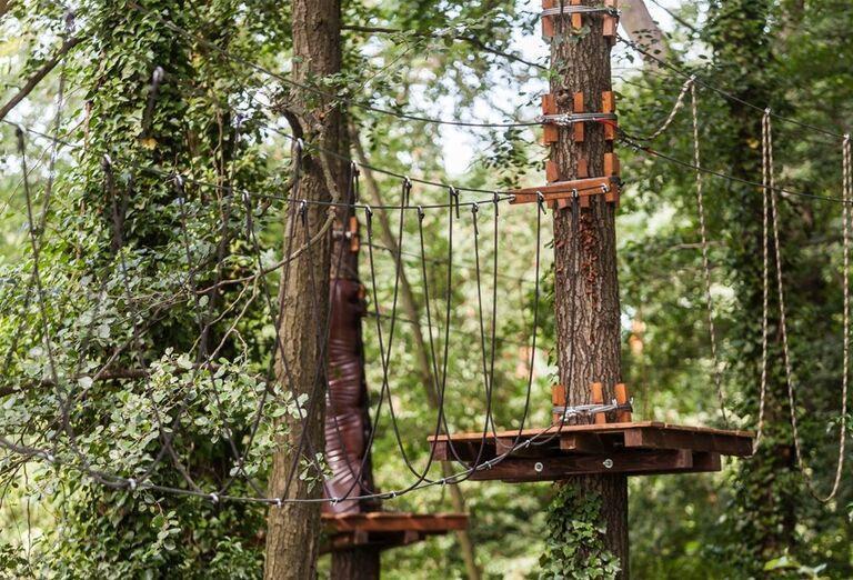 Tarzaniáda v areáli hotela Pod Lipou Resort