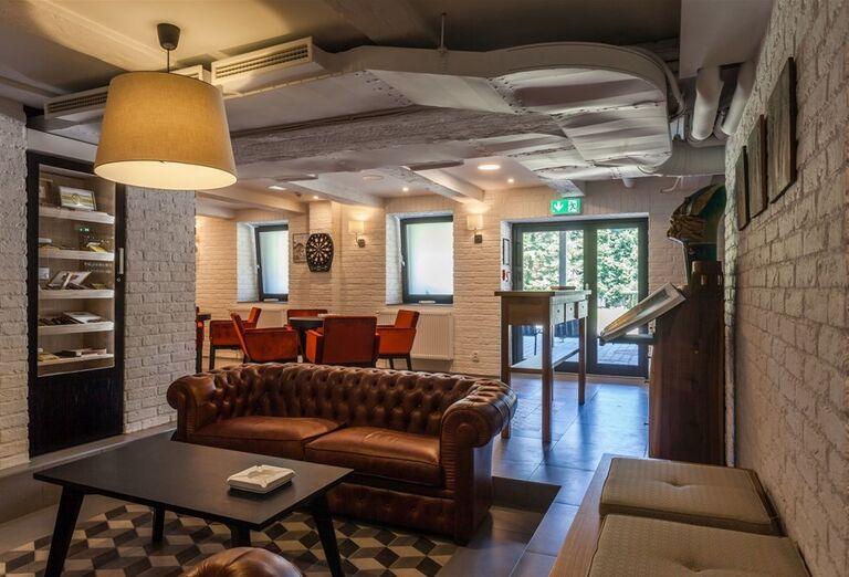 Posedenie v hoteli Pod Lipou Resort