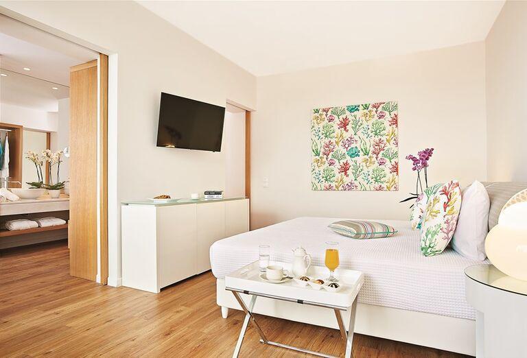 Izba v hoteli Pella Beach Grecotel Premium Resort