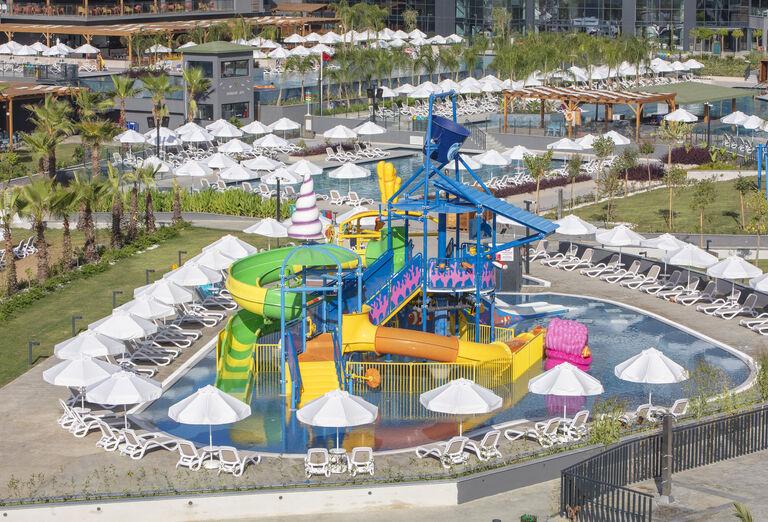 Vodný svet Mylome Luxury Hotel & Resort *****