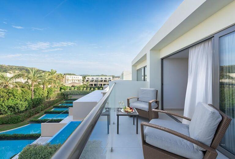Výhľad z terasy v hoteli Sentido Ixian All Suites