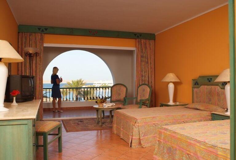 Izba s výhľadom na more v hoteli Arabia Azur
