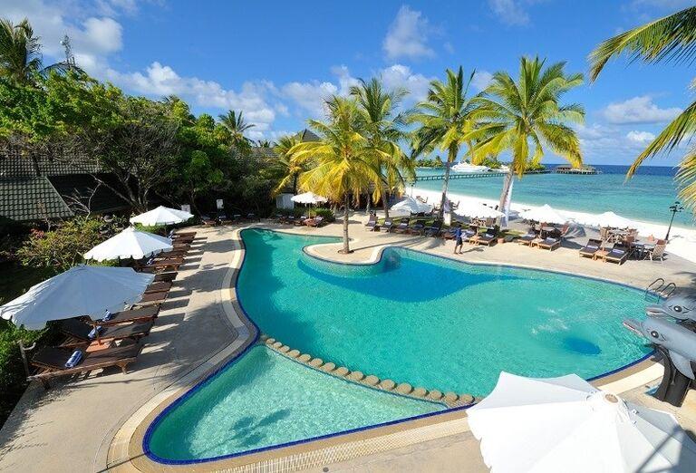 Bazén hotela Paradise Island Resort & Spa