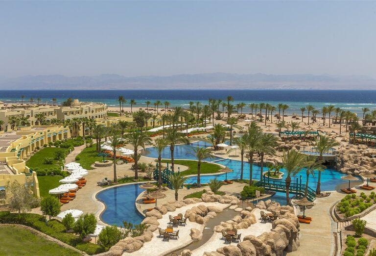 Areál hotela The Bayview Taba Heights Resort