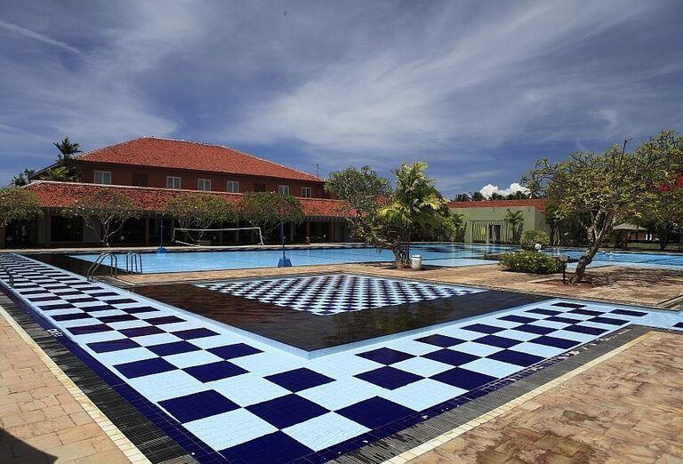 Hotel Club Palm Bay - hotelový bazén v areáli