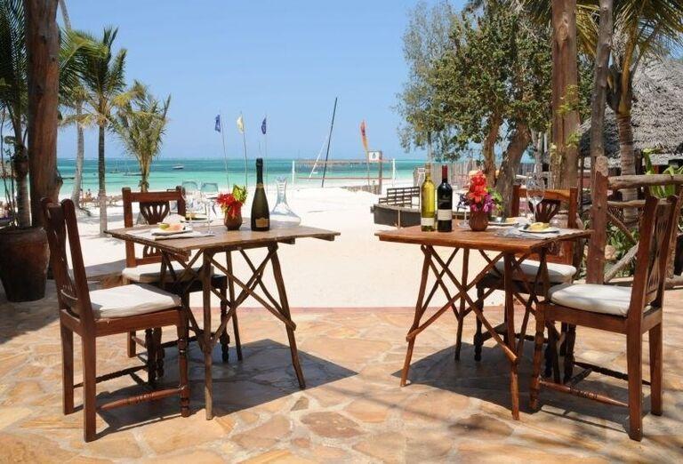 Posedenie s výhľadom na more v hoteli Voi Kiwengwa Resort