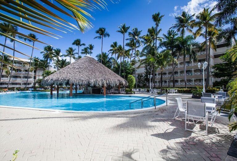 Bazén s aqua barom v hoteli Vista Sol Punta Cana