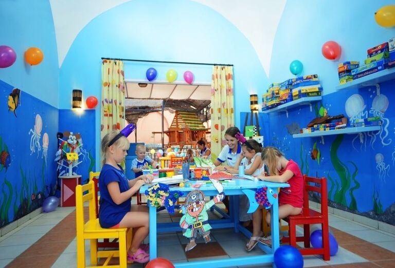 Miniklub v hoteli Jaz Makadi Oasis Resort