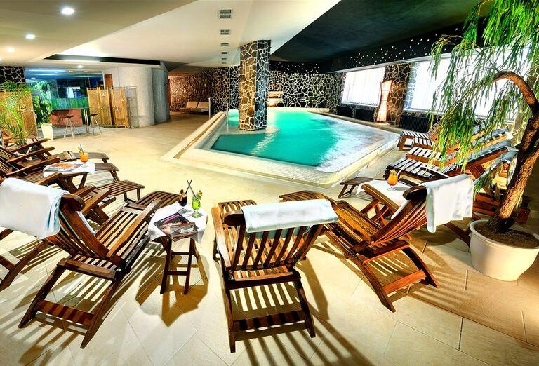 Vnútorný bazén, Hotel Grand, Jasná