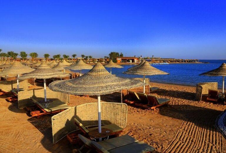 Pláž pred hotelom Labranda Royal Makadi
